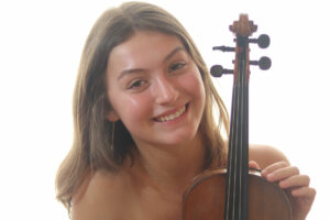 Beatrice Colombis, Violin Soloist
